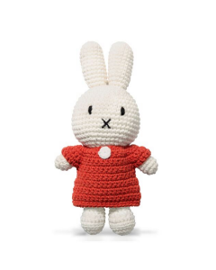 Miffy en robe rouge